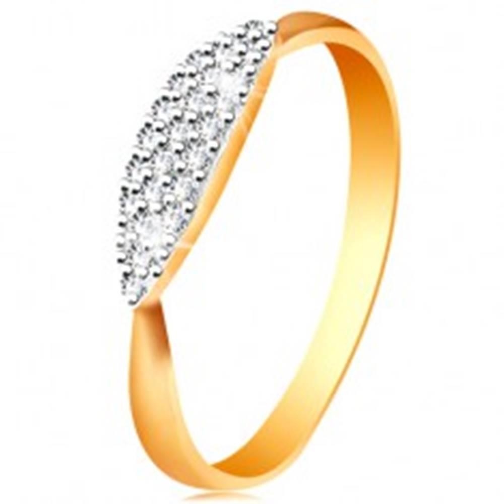 Šperky eshop Prsteň v kombinovanom 14K zlate - vypuklý ovál so vsadenými čírymi zirkónikmi - Veľkosť: 49 mm