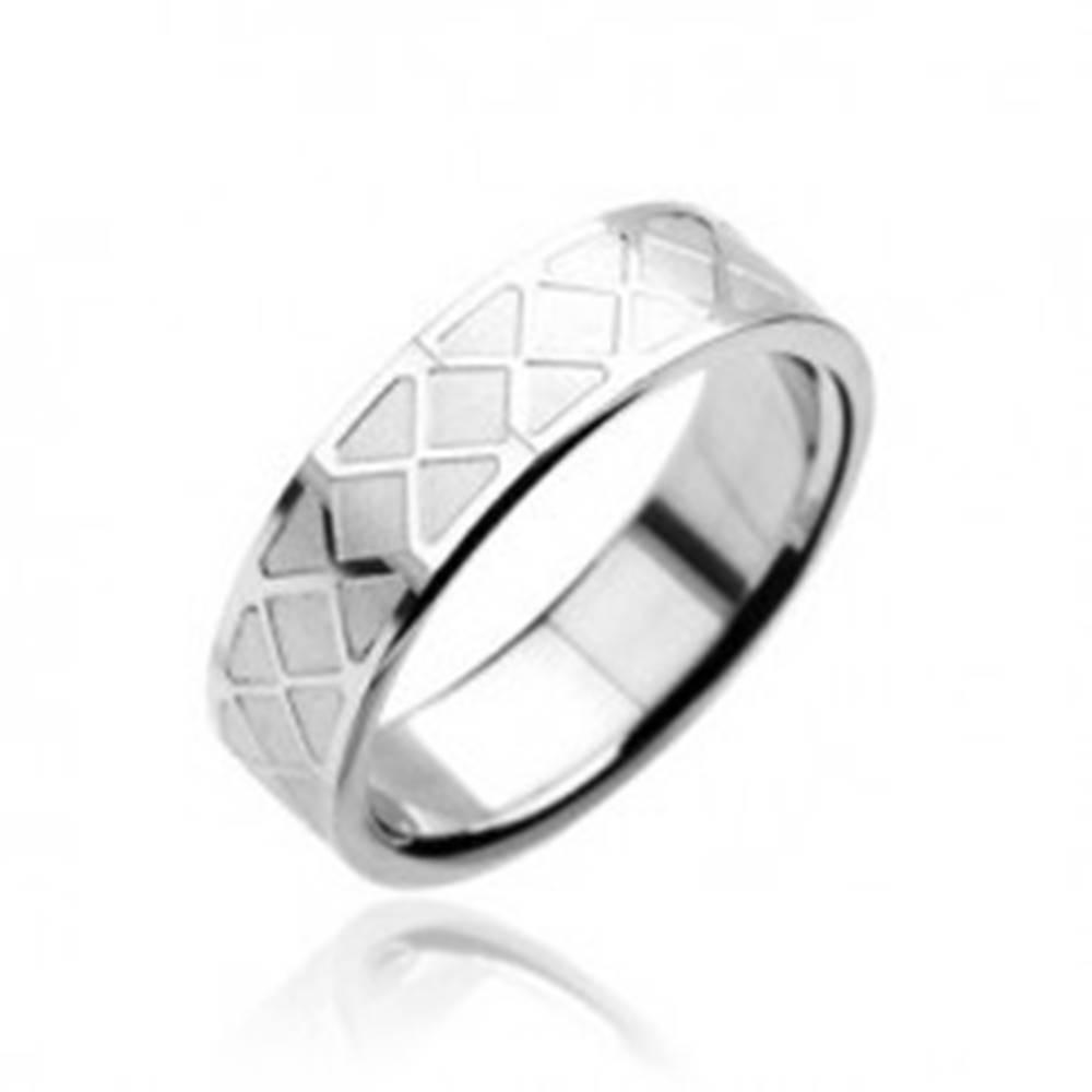Šperky eshop Prsteň z chirurgickej ocele - mozaikový vzor - Veľkosť: 59 mm