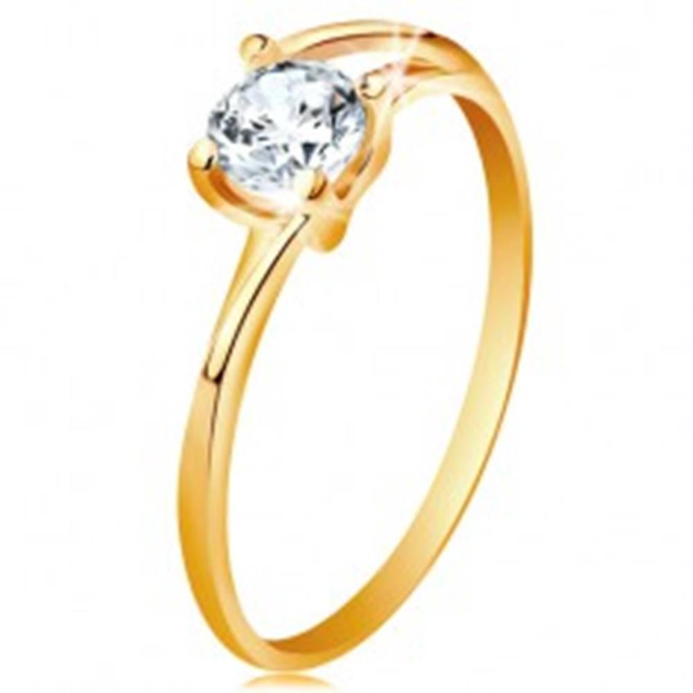 Šperky eshop Prsteň zo žltého 14K zlata - tenké rozdelené línie ramien, žiarivý číry zirkón - Veľkosť: 49 mm