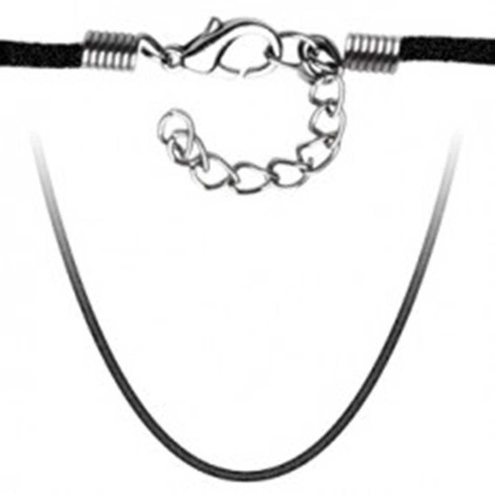 Šperky eshop Zamatová šnúrka na prívesok v čiernej farbe, nastaviteľná dĺžka