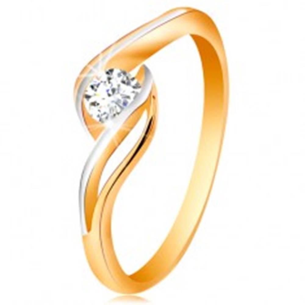 Šperky eshop Zlatý prsteň 585 - číry zirkón, dvojfarebné, rozdelené a zvlnené ramená - Veľkosť: 49 mm