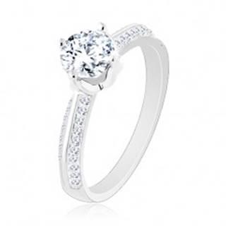 Zásnubný prsteň zo striebra 925, skosené trblietavé ramená, okrúhly zirkón - Veľkosť: 50 mm