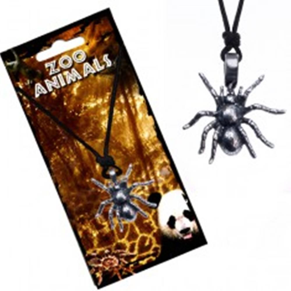 Šperky eshop Náhrdelník so šnúrkou, kovový prívesok tarantuly