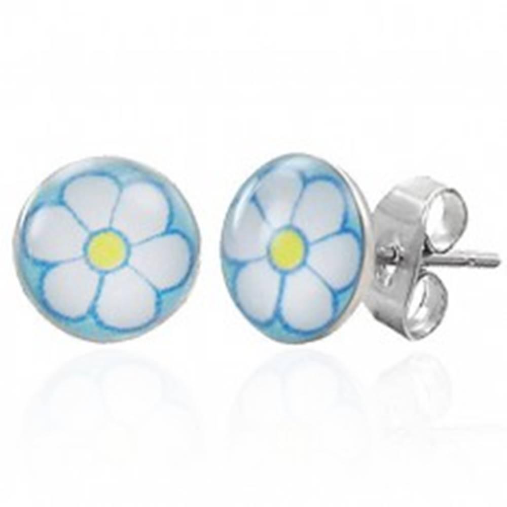 Šperky eshop Náušnice z chirurgickej ocele s bielym kvetom
