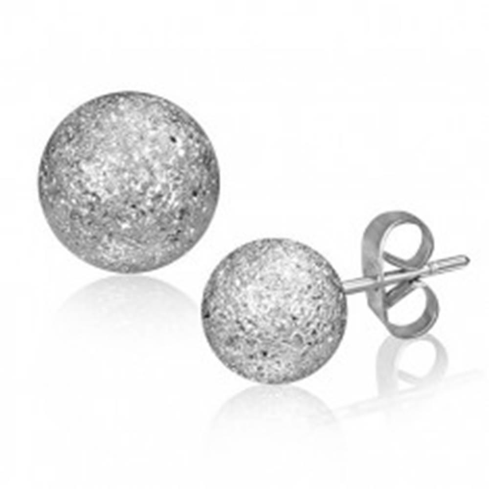 Šperky eshop Oceľové náušnice - pieskovaná gulička striebornej farby, 6 mm