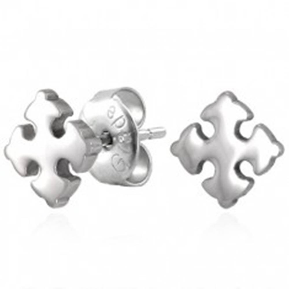 Šperky eshop Oceľové náušnice striebornej farby - lesklý ľaliový krížik, puzetky