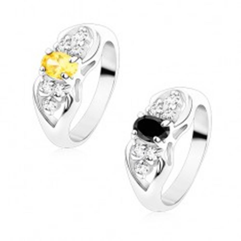 Šperky eshop Prsteň striebornej farby, mašlička s farebným oválom a čírymi zirkónmi - Veľkosť: 49 mm, Farba: Žltá