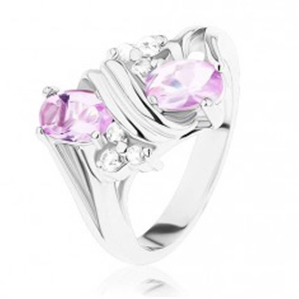 Šperky eshop Prsteň v striebornom odtieni, ružové a číre zirkóny, dvojitá špirála - Veľkosť: 49 mm