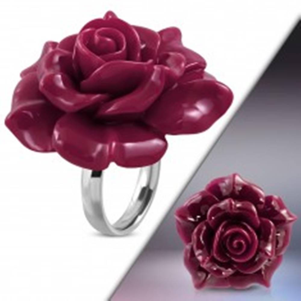 Šperky eshop Prsteň z ocele 316L - veľká ružovofialová rozkvitnutá ruža zo živice - Veľkosť: 49 mm