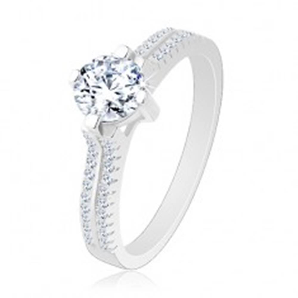 Šperky eshop Strieborný prsteň 925, vyvýšený okrúhly zirkón, číre zirkónové línie - Veľkosť: 50 mm