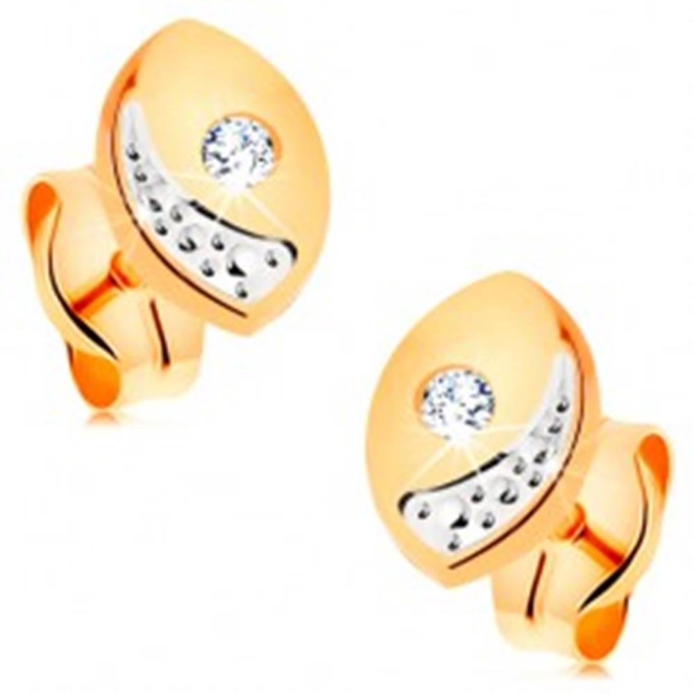 Šperky eshop Briliantové zlaté náušnice 585 - širšie oblé zrnko s čírym diamantom, puzetky