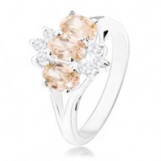 Lesklý prsteň v striebornom odtieni, oranžové zirkónové ovály, číre zirkóniky - Veľkosť: 60 mm
