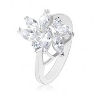 Ligotavý prsteň v striebornej farbe, brúsené číre zrniečka, okrúhle zirkóniky - Veľkosť: 49 mm