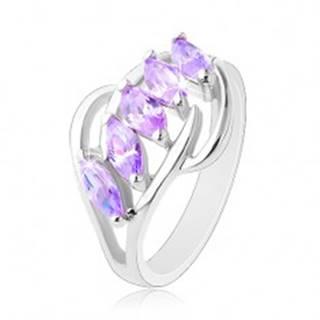 Prsteň v striebornom odtieni, svetlofialové zirkónové zrnká, lesklé oblúky - Veľkosť: 47 mm