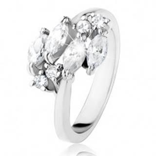 Trblietavý prsteň striebornej farby, číre zrnkové a okrúhle zirkóniky - Veľkosť: 49 mm
