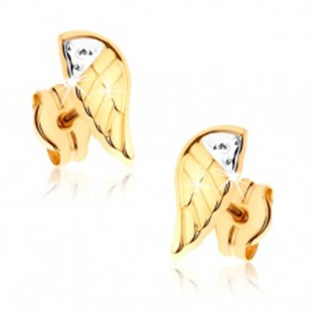 Šperky eshop Dvojfarebné ródiované náušnice v 9K zlate - gravírované anjelské krídlo