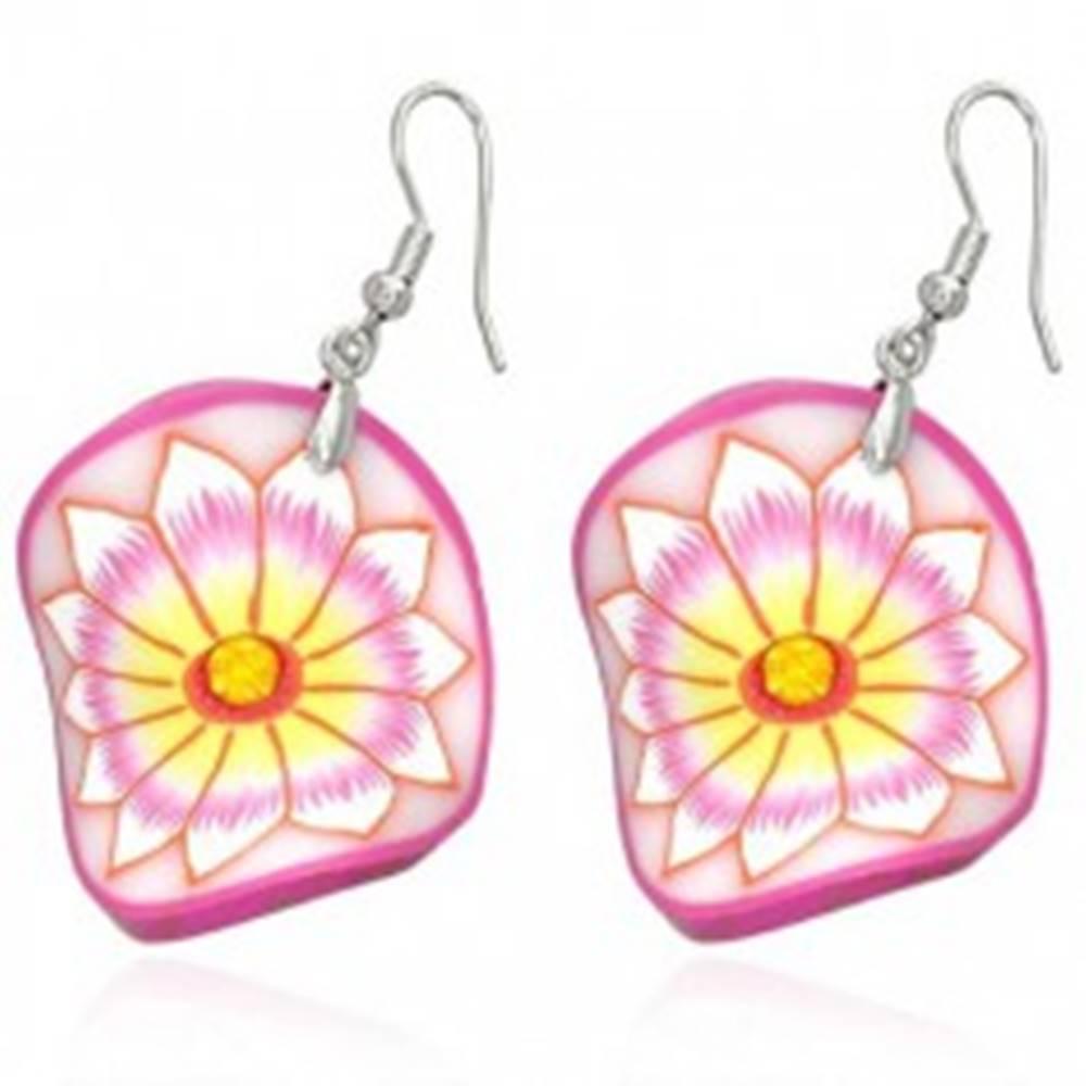 Šperky eshop Fimo náušnice - ružový zvlnený kruh, kvet so žltým stredom