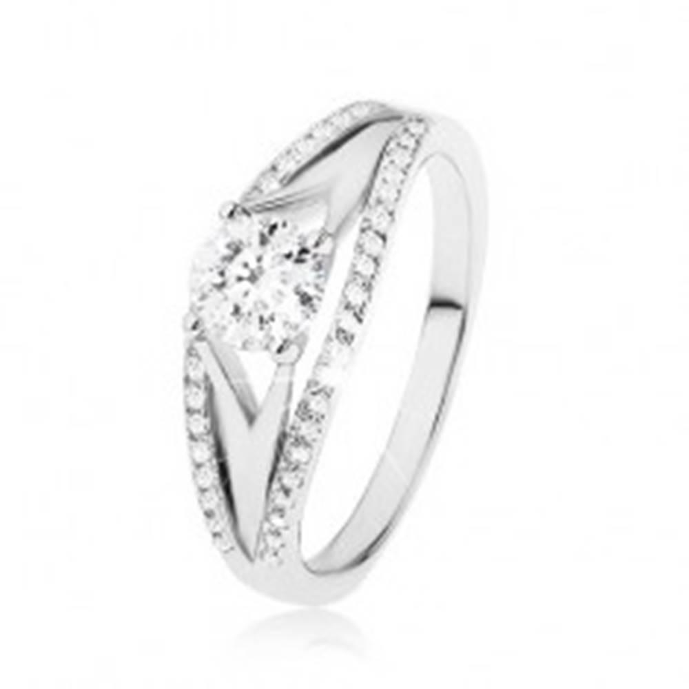 Šperky eshop Trblietavý prsteň zo striebra 925, veľký okrúhly zirkón, bohaté zdobenie ramien - Veľkosť: 49 mm