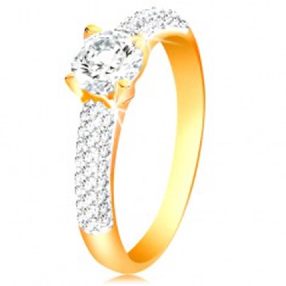 Šperky eshop Zlatý 14K prsteň - trblietavé ramená, vyvýšený okrúhly zirkón čírej farby - Veľkosť: 50 mm