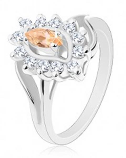 Šperky eshop Trblietavý prsteň v striebornom odtieni, svetlooranžové zrnko, číre zirkóniky - Veľkosť: 56 mm