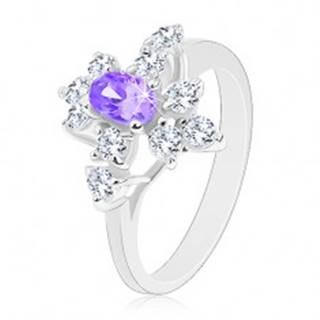 Ligotavý prsteň, strieborný odtieň, fialový zirkónový ovál, číre zirkóniky - Veľkosť: 52 mm