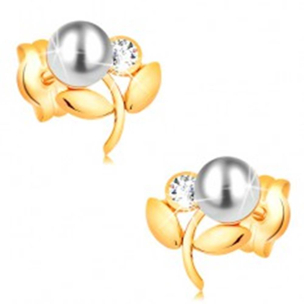Šperky eshop Náušnice zo žltého 14K zlata - kvietok s bielou perlou a čírym zirkónom