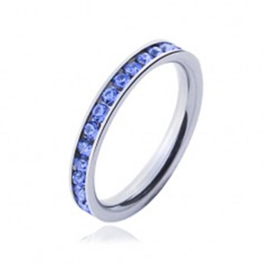 Šperky eshop Prsteň z chirurgickej ocele - svetlo-modré kamienky - Veľkosť: 49 mm
