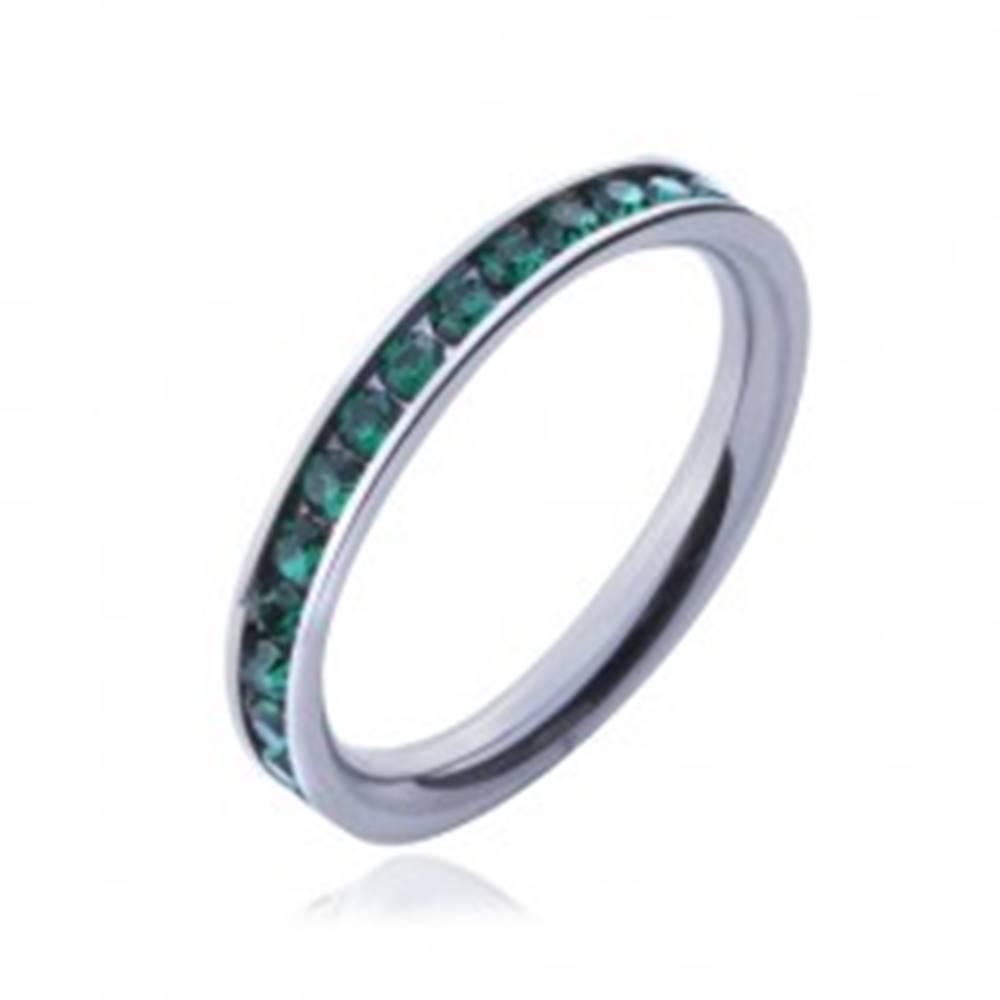 Šperky eshop Prsteň z chirurgickej ocele - zelené okrúhle zirkóniky  - Veľkosť: 49 mm