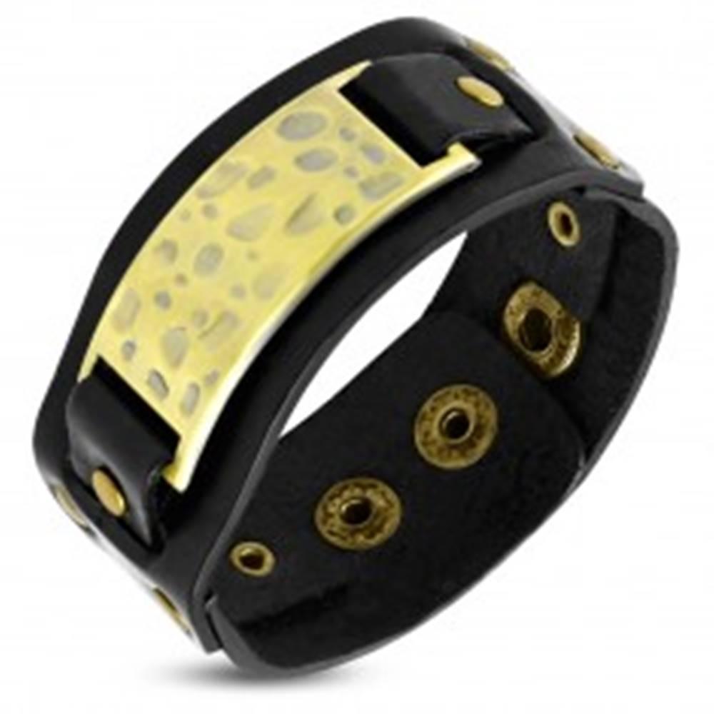 Šperky eshop Čierny náramok zo syntetickej kože - ozdobná známka s jamkami, nity