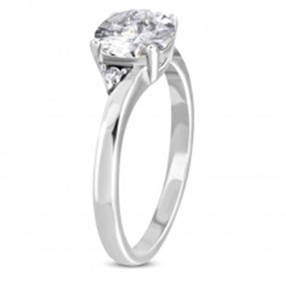 Šperky eshop Prsteň z chirurgickej ocele - úzke ramená, trblietavý zirkón čírej farby - Veľkosť: 52 mm