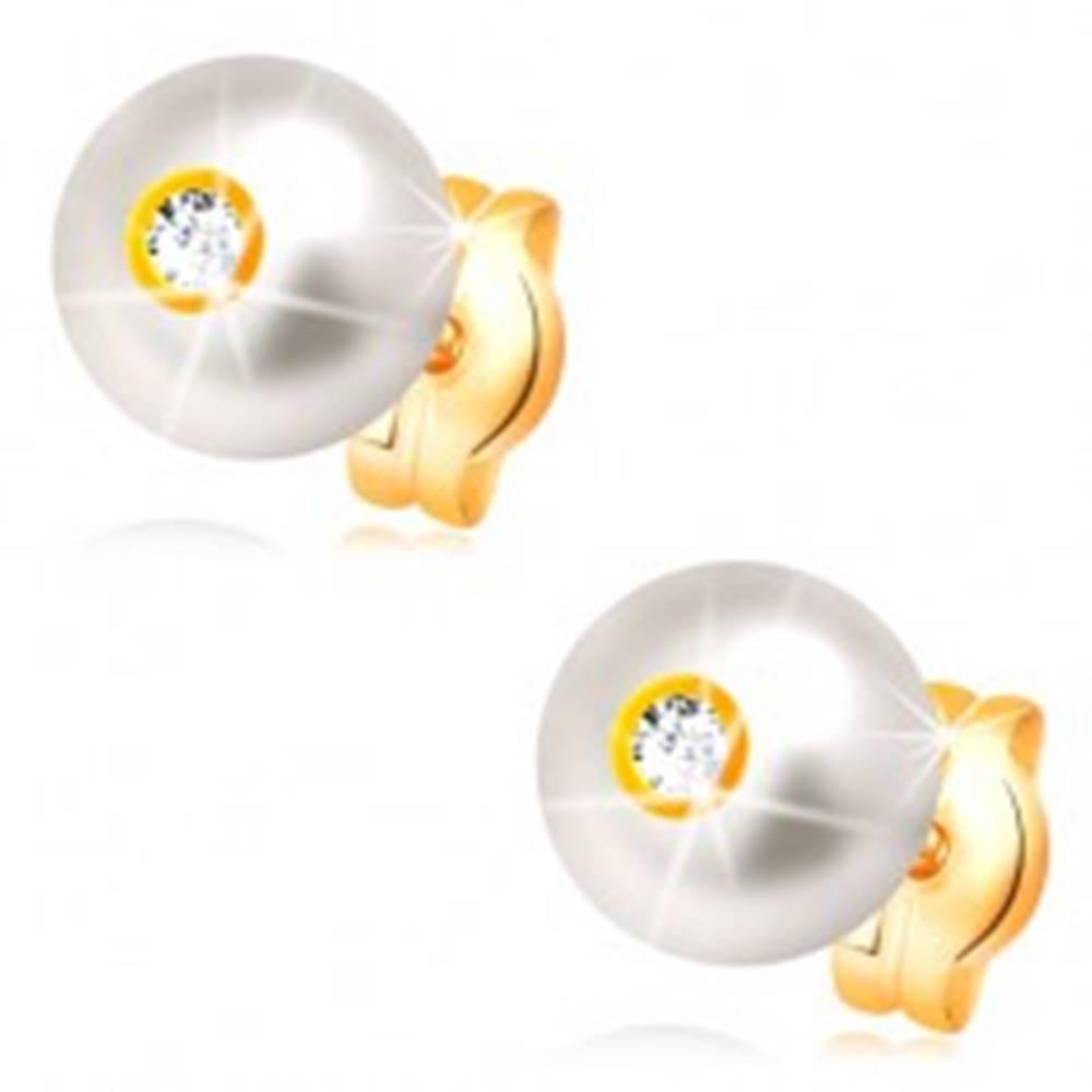 Šperky eshop Zlaté 14K náušnice - smotanovo biela perla s ligotavým čírym zirkónom, 6 mm