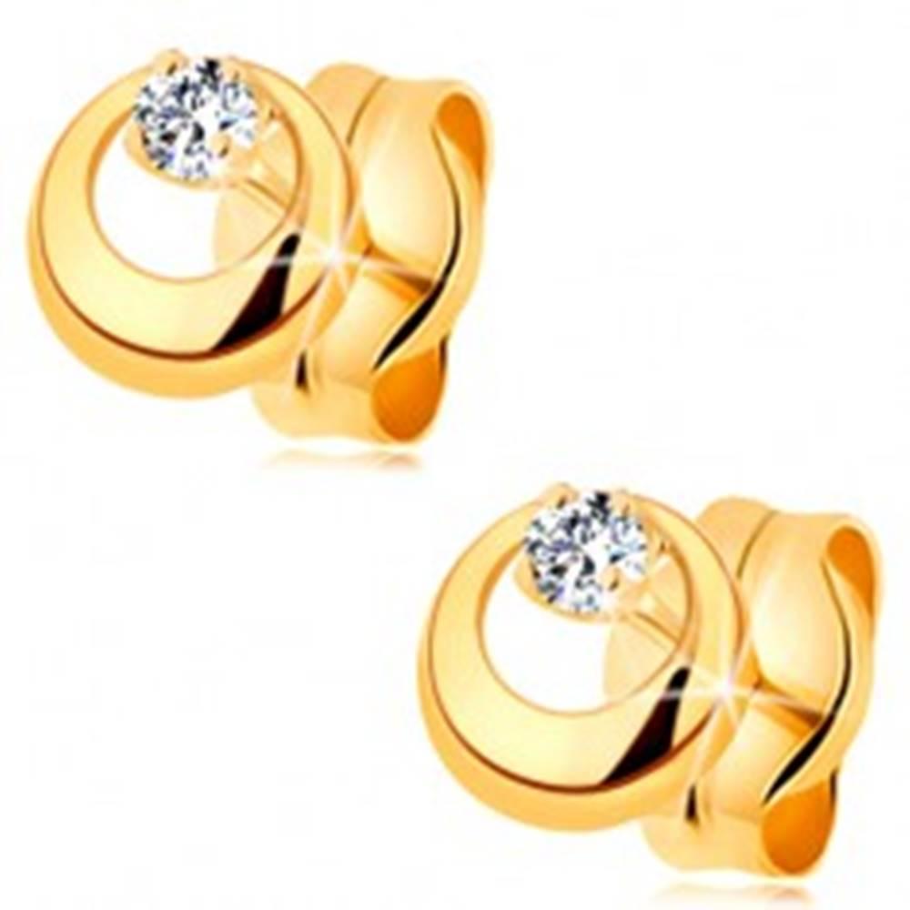Šperky eshop Náušnice v žltom 14K zlate - vypuklý kruh s výrezom a čírym zirkónom
