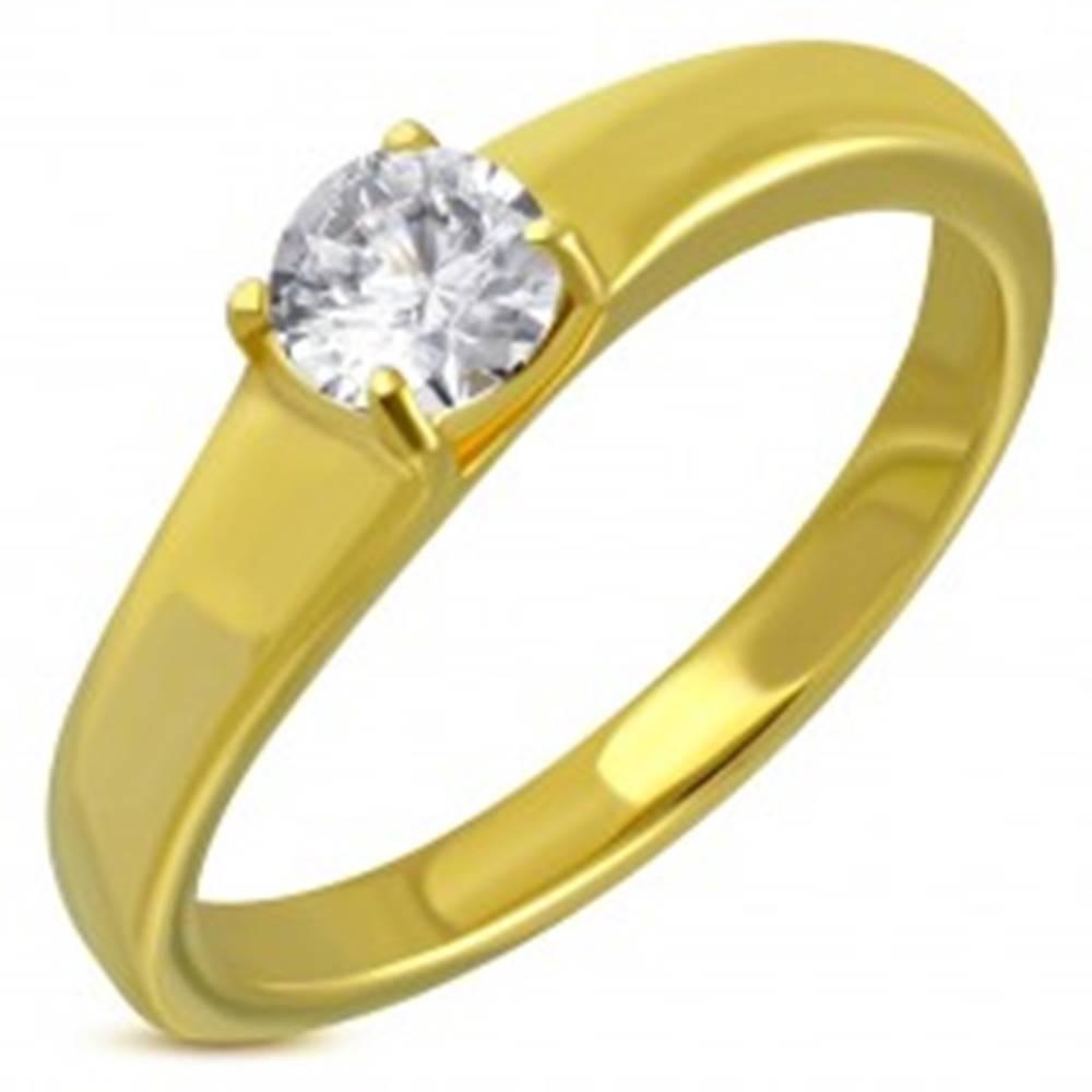 Šperky eshop Oceľový prsteň zlatej farby, vystúpený okrúhly číry zirkón - Veľkosť: 49 mm