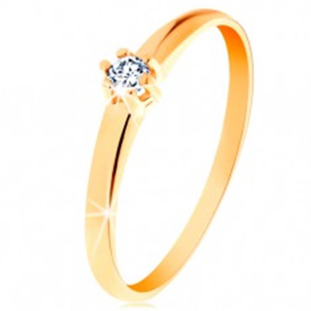 Šperky eshop Zlatý prsteň 585 - okrúhly diamant čírej farby v šesťcípom kotlíku - Veľkosť: 48 mm