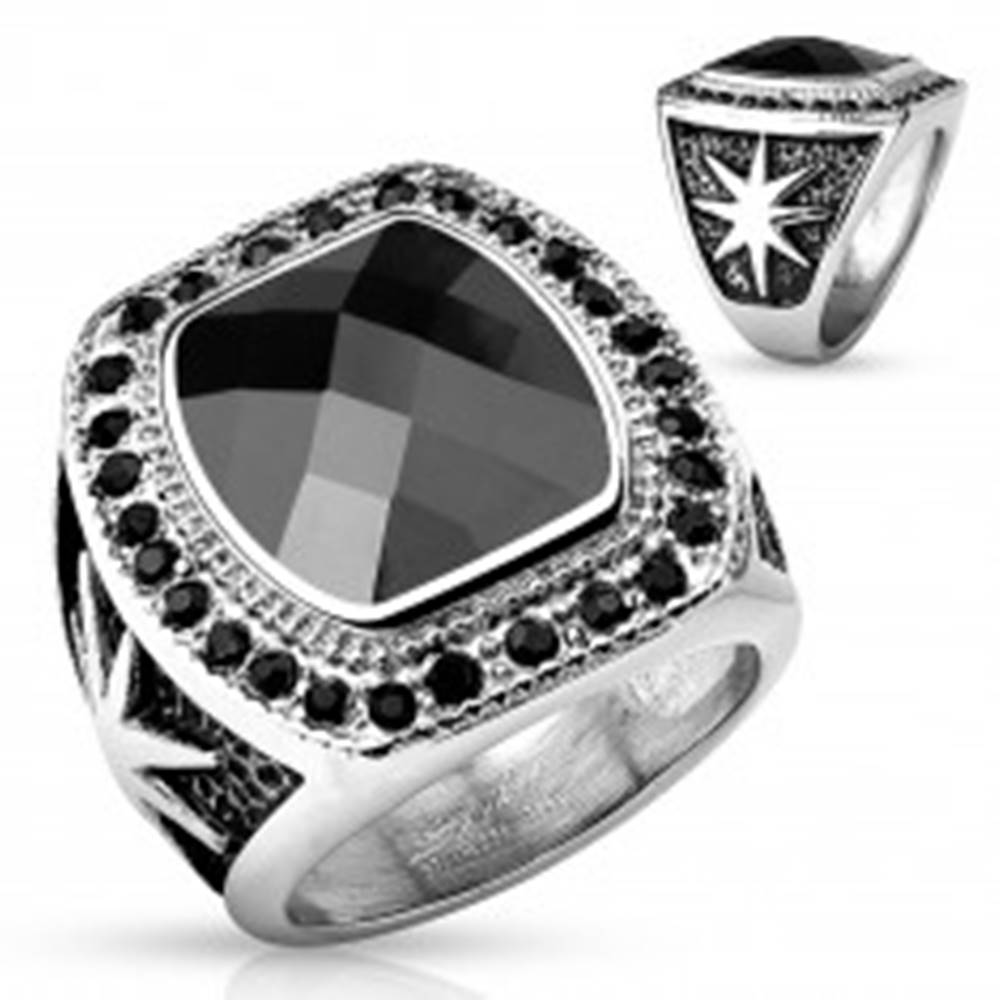 Šperky eshop Masívny oceľový prsteň striebornej farby, veľký čierny kameň a okrúhle zirkóniky - Veľkosť: 59 mm