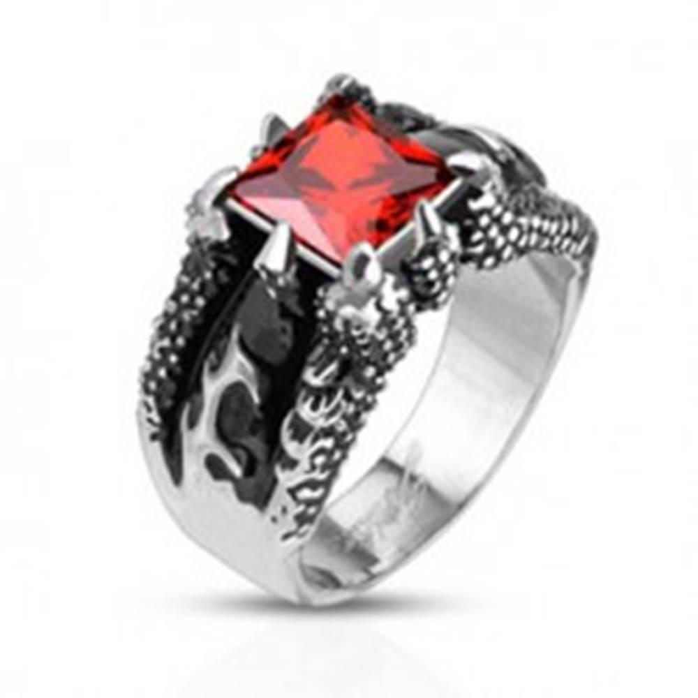 Šperky eshop Mohutný prsteň z ocele 316L, štvorcový oranžový zirkón v pazúroch - Veľkosť: 59 mm