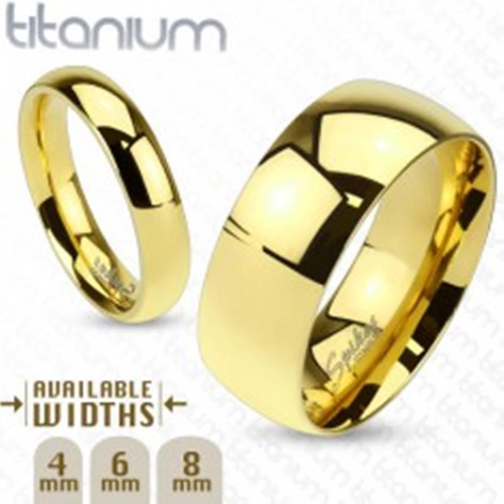Šperky eshop Lesklá obrúčka z titánu zlatej farby s hladkým vypuklým povrchom, 6 mm - Veľkosť: 49 mm