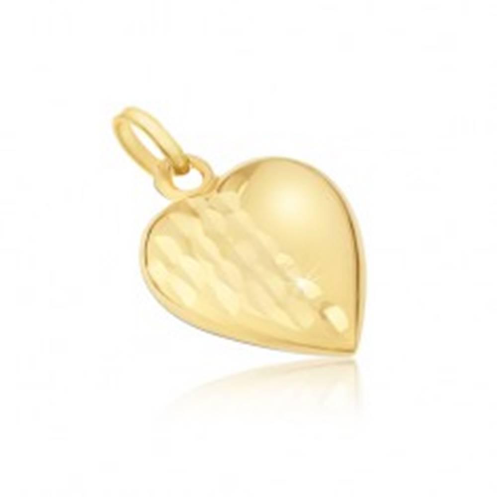 Šperky eshop Prívesok zo žltého 14K zlata - pravidelné trojrozmerné srdce, ozdobné ryhy