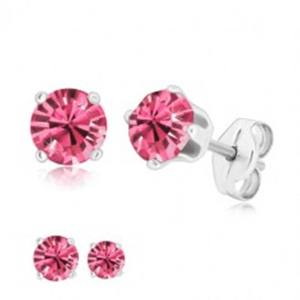 Šperky eshop Strieborné náušnice 925 - okrúhly zirkón ružovej farby uchytený štyrmi paličkami - Veľkosť zirkónu: 4 mm