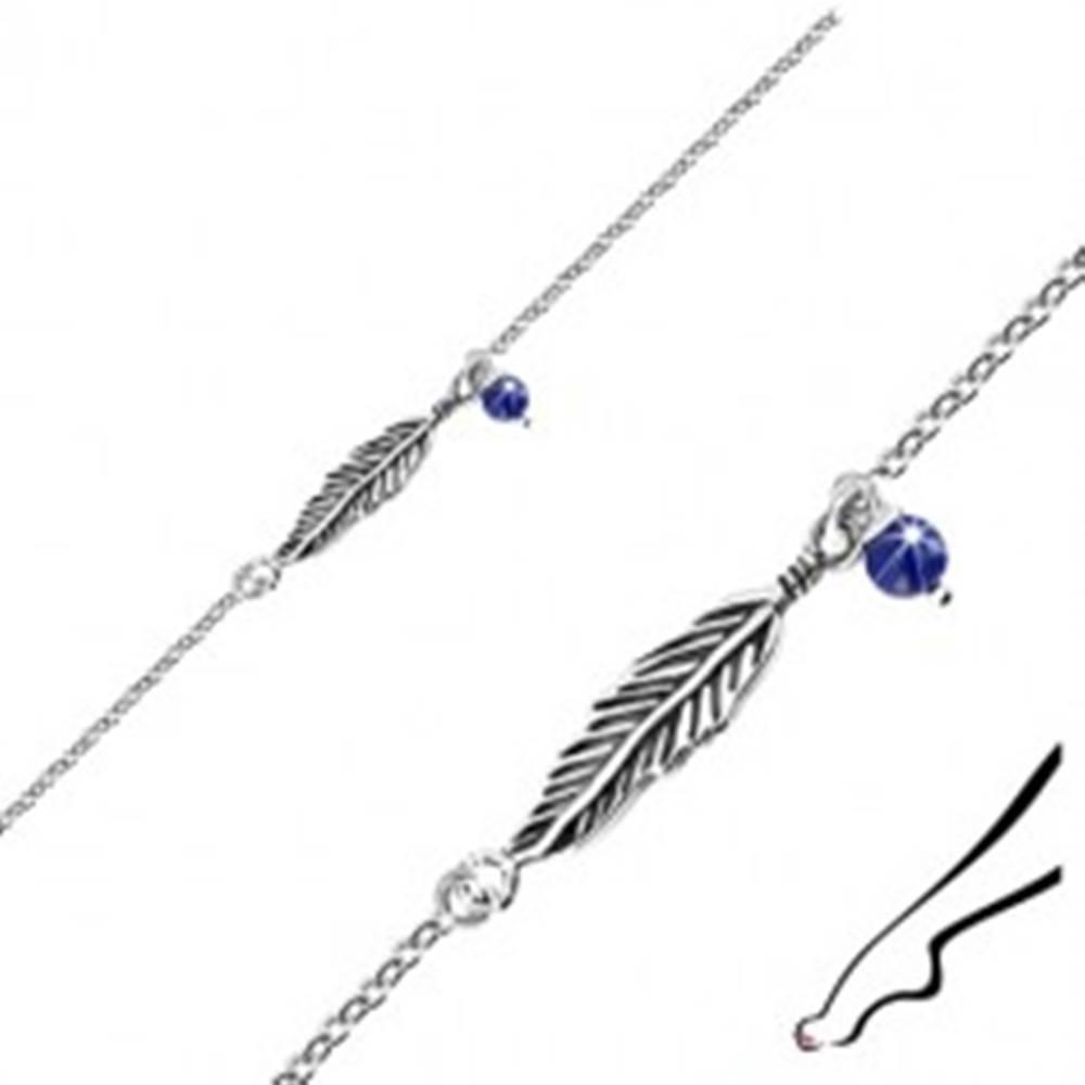 Šperky eshop Strieborný náramok na nohu 925 - patinované pierko, modrá guľôčka, oválne očká