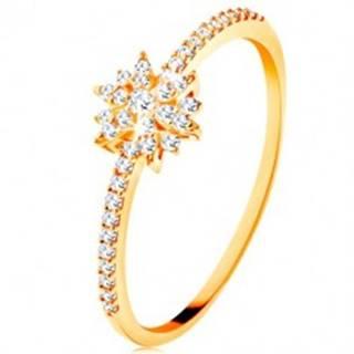 Prsteň zo žltého 9K zlata - žiarivý kvet z čírych zirkónov, trblietavé ramená - Veľkosť: 49 mm