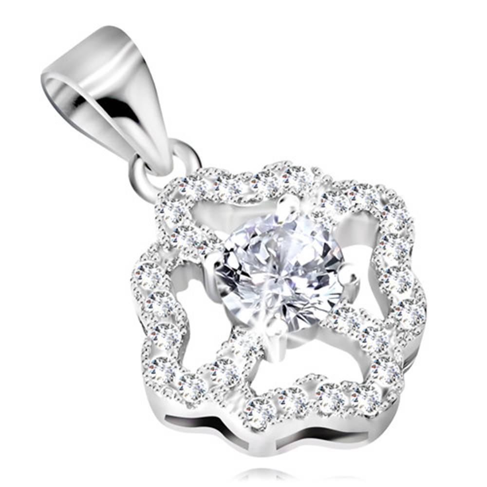 Šperky eshop Ródiovaný prívesok zo striebra 925, kontúra kvetu so zirkónovými lupeňmi v tvare sŕdc