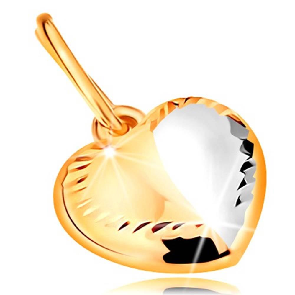 Šperky eshop Prívesok v 14K zlate - dvojfarebné srdiečko s ryhou v strede a zárezmi po obvode
