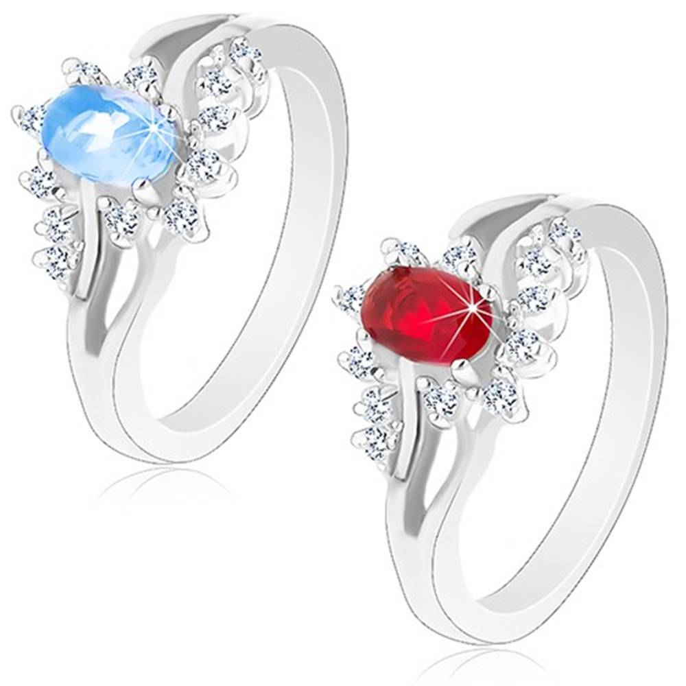 Šperky eshop Lesklý prsteň v striebornom odtieni s rozdvojenými ramenami, brúsené zirkóny - Veľkosť: 52 mm, Farba: Červená