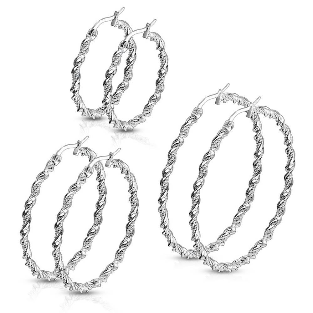 Šperky eshop Oceľové náušnice - špirálovito zatočená stuha a dvojitá retiazka, strieborná farba - Priemer: 30 mm