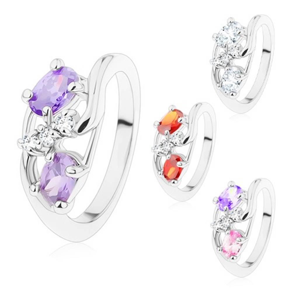 Šperky eshop Prsteň striebornej farby, tenké zahnuté ramená, farebné ovály, číre zirkóniky - Veľkosť: 51 mm, Farba: Číra